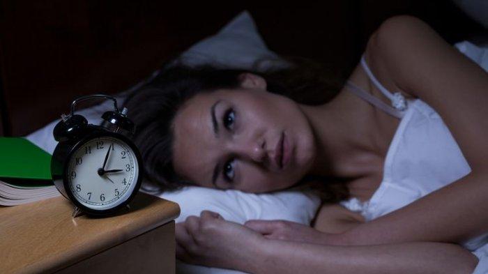Dokter Menjelaskan Penyebab Susah Tidur dan Terbangun Tengah Malam