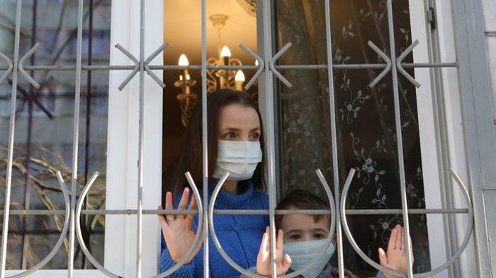 Bagaimana Cara Menimbulkan Kesadaran Masyarakat agar Menerima Tetangga yang Terinfeksi Covid-19?