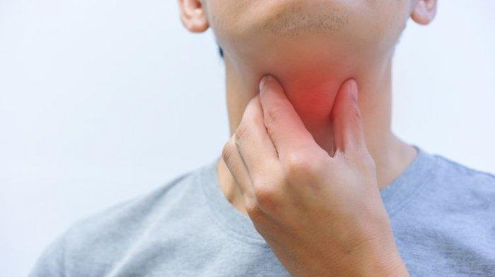 Dokter Menjelaskan Penyebab Nyeri pada Tenggorokan yang Kerap Dialami saat Puasa