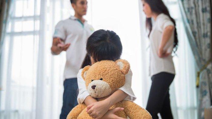 Ilustrasi - Orang tua bertengkar di depan anak adalah suatu bentuk kekerasan.