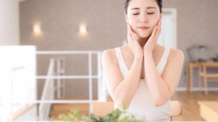Ilustrasi - Penggunaan skincare routine