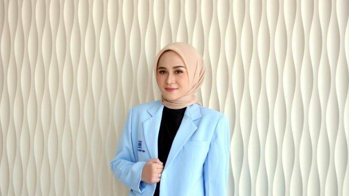 Profil dr. Adnania Nareswari, Sp.DV yang Aktif Menghadiri Pertemuan Ilmiah Dalam hingga Luar Negeri