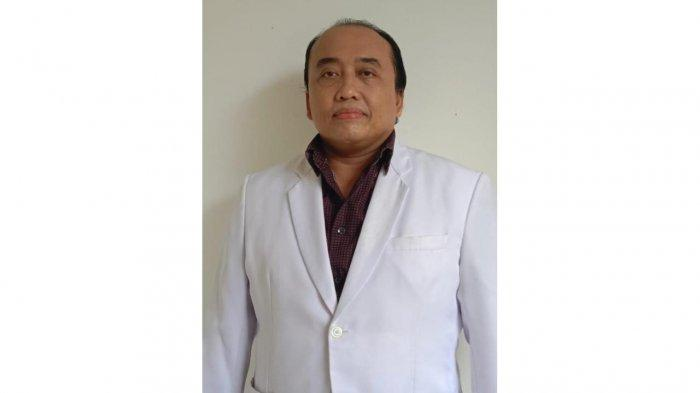 Profil dr. Binsar Martin Sinaga, FIAS