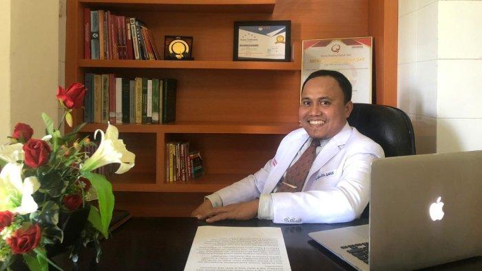 Profil drg. Andi Tajrin , MKes, Sp.BM (K), dokter gigi spesialis bedah mulut dan maksilofasial