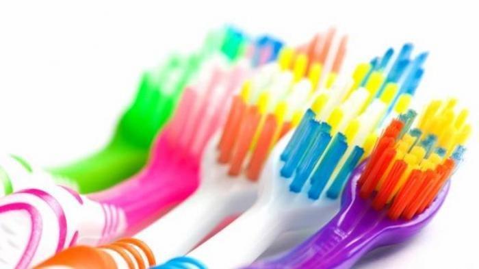 drg. Sri Pamungkas Sigit Nardiatmo Bagikan Tips Memilih Sikat Gigi yang Tepat