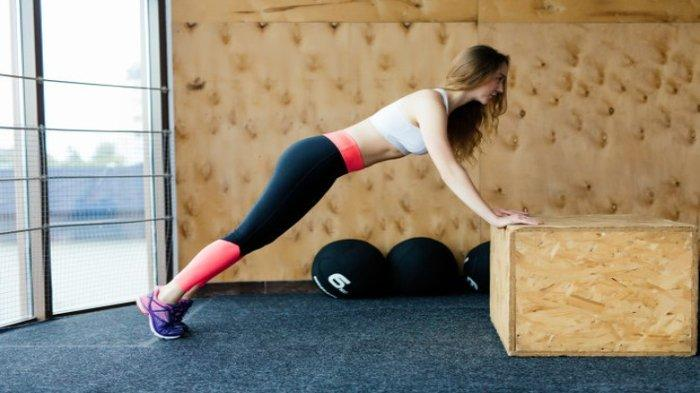 Ilustrasi melakukan olahraga berat