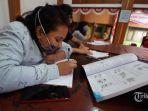 ilustrasi-pembelajaran-online-siswa-menggunakan-fasilitas-wifi-gratis.jpg