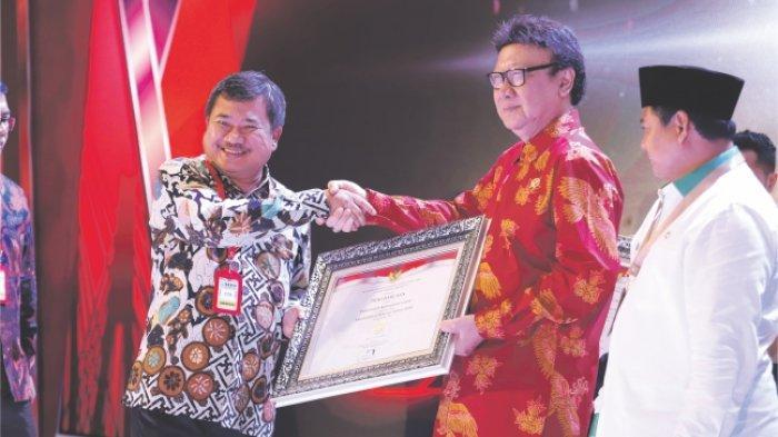 Kabupaten Garut Kembali Raih SAKIP Award 2020, Bupati Ajak ASN Bekerja Berorientasi Hasil