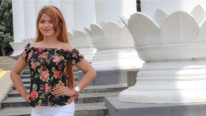 Ekha Alexis Pedagang Risol, Yang Kini Sukses Jadi Penyanyi