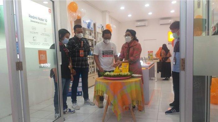 Grand Opening Mi Shop