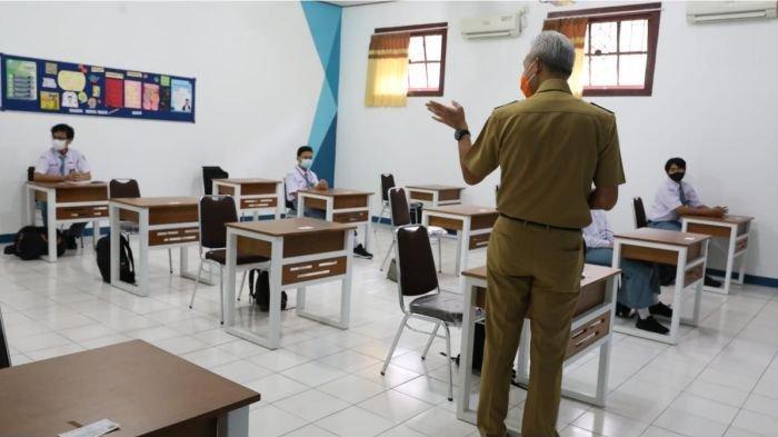 Jelang Sekolah Tatap Muka di Sumedang, Baru 50 persen Guru yang Sudah Divaksin Covid-19