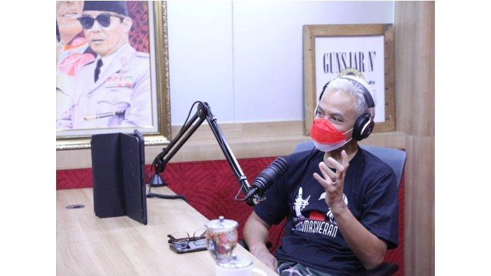 Satu Jam Siaran Radio, Gubernur Ganjar Pranowo Terima Banyak Curhat, dari Soal Cinta Hingga Pungli