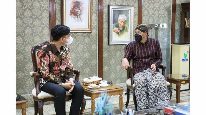 Gubernur Ganjar Kedatangan Bima Arya dan Gibran, Makan Padang Sambil Ngobrol Pembangunan Ekonomi