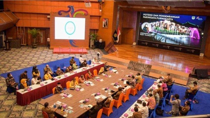 Kolabor-Aksi Kemenparekraf dengan Sepuluh Kepala Daerah