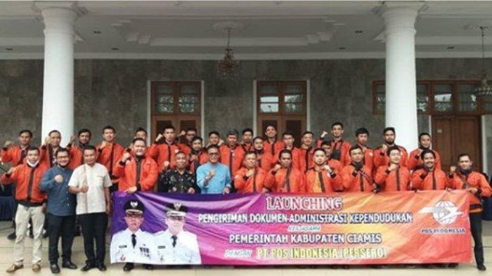 Launching Pengiriman Dokumen Administrasi Kependudukan bekerjasama dengan PT. POS Indonesia yang dilaksanakan di Pendopo Bupati Ciamis, Jum'at (04/09/2020).