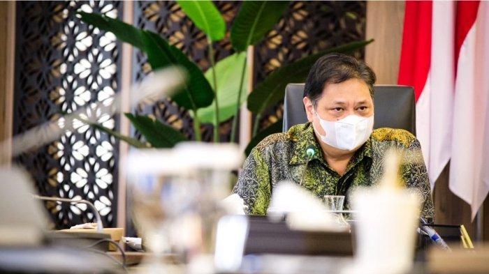 Menteri Koordinator Bidang Perekonomian Airlangga Hartarto menerima kunjungan jajaran Ombudsman Republik Indonesia di kantor Kemenko Perekonomian, Selasa (18/5).