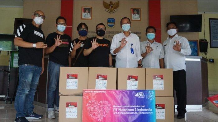Tri Indonesia Distribusikan Paket Vitamin dan Kesehatan di Pangandaran untuk Bantu Masyarakat