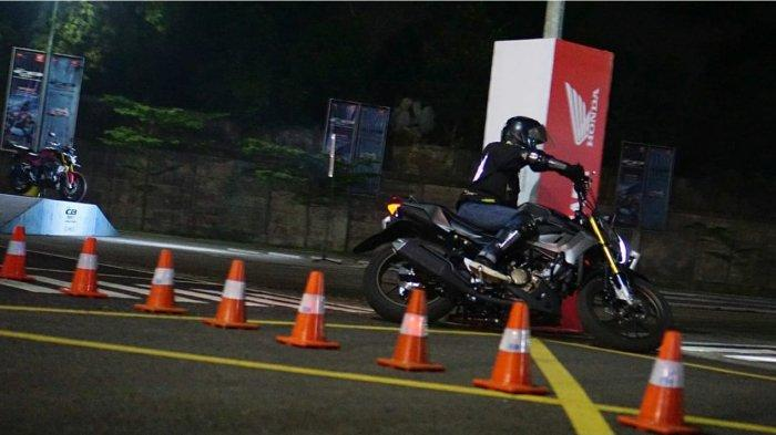Gelaran All New CB150R Streetfire Challenge yang diselenggarakan oleh PT Daya Adicipta Motora (DAM), menjadi bagian dari rangkaian memperkenalkan motor naked sport All New CB150R Streetfire.