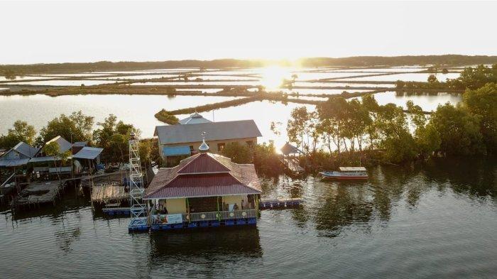Yayasan Masjid Nusantara (YMN) telah meresmikan Masjid Taman Surga Buttue di Kampung Buttue, Desa Kanaungan Kec. Labakkang, Kab. Pangkep Sulawesi Selatan.
