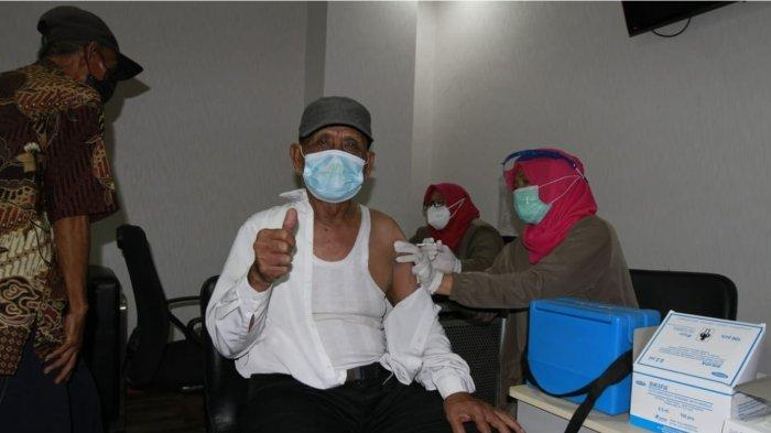 bank bjb Fasilitasi Vaksinasi Covid-19 untuk Lansia