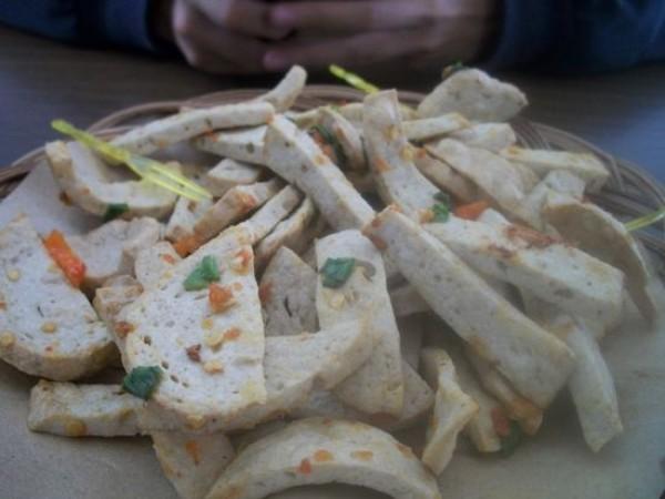 Bakso goreng (Basreng) pedas