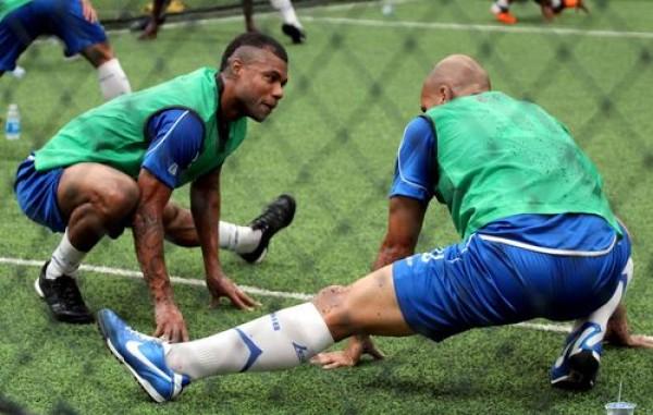 Cerita Mantan Pemain Persib, Pensiun Sepak Bola Jadi Security, Hilton Moreira; Belajar Pakai Pistol