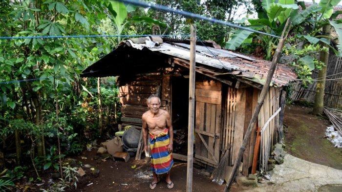 Abah Elom Tinggal di Bekas Kandang Kambing, Dedi Mulyadi Langsung Merenovasinya Agar Layak Huni