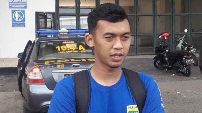 Pemain Persib Bandung Abdul Aziz