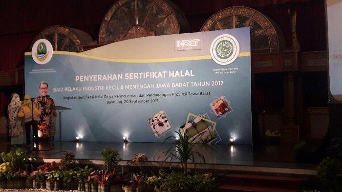 Disindag BagikanSertifikat Halal Kepada Ratusan UMKM, Sertifikat yang Menaikkan Penjualan Pengusaha