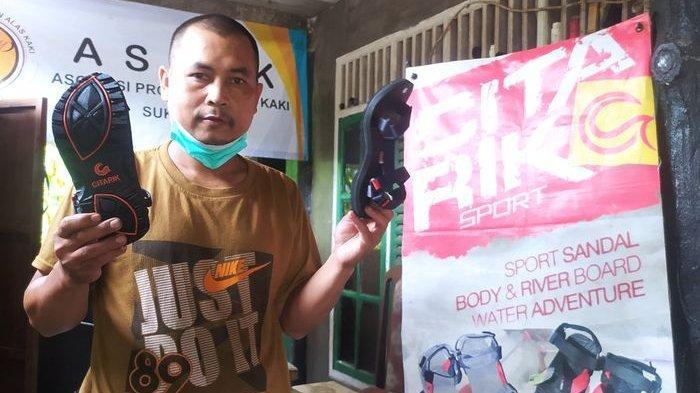 Bertahan Saat Pandemi Covid-19, Sandal Citarik Sukabumi Buatan Acun Tembus Pasar Luar Negeri