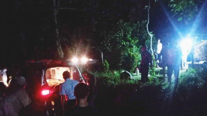 Pemandangan Haru Kala Korban Kebakaran Lapas Tangerang Dimakamkan di Cianjur, Ibu Menangis & Pingsan
