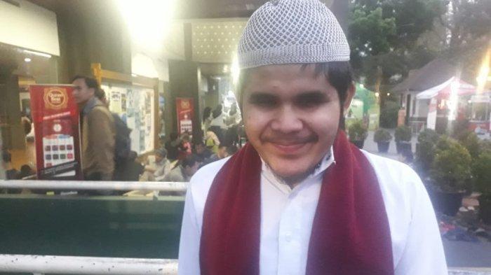 Kisah Ade, Hafiz Alquran Tuna Netra dengan Sederet Prestasi, Kini Jadi PNS
