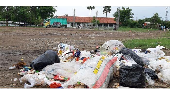 Tahun Baru di Purwakarta Capai 6 Mobil Sampah, Ini Kata DLH Purwakarta