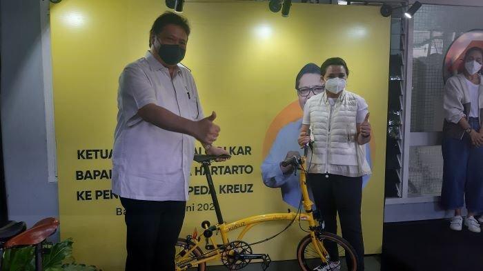 Menteri Airlangga Hartarto Mencoba Sepeda Kreuz Buatan Dalam Negeri, Komentarnya Bikin Bangga