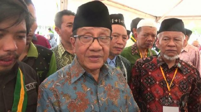 Golkar Tak Berdaya di Pilkada Indramayu, Mantan Ketua Umum Akbar Tanjung Langsung Telepon