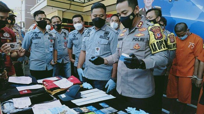Kawanan Pembobol Uang ATM Modus Ganjal Lubang Kartu Ditangkap, Beraksi di Jabar, Jateng, dan Jatim