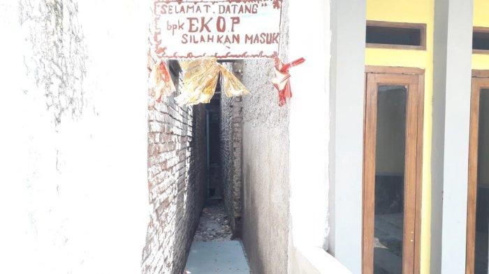 Foto-foto Akses Masuk Rumah Pak Eko yang Sudah Jadi, Ada Ucapan Selamat Datang dan Pita