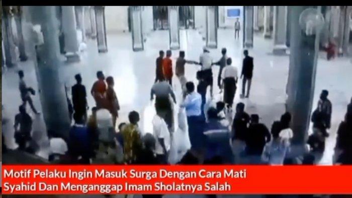 Video Viral, Pria Tak Berbusana Serang Imam Masjid Sedang Salat Sembari Berteriak, Ingin Mati Syahid