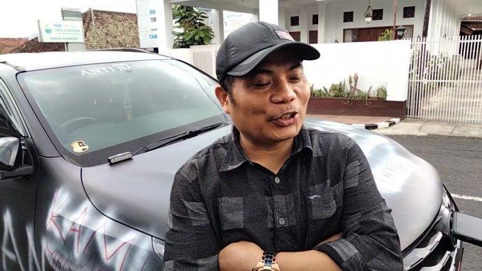 Muhammad Ali alias Ali Action pemilik Fortuner yang mencorat-coret mobilnya sendiri.