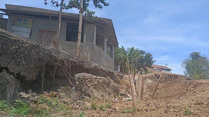 Tanah Ambles di Tanggul Sungai Cimanuk Indramayu Direvitisasi Lagi, Pemrov Jabar Turun Tangan