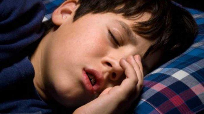 Anak Selalu Tidur dengan Orangtua, Ini Cara Melatih Anak Tidur Sendiri