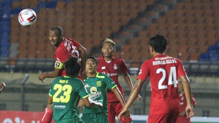 Jelang Persib Bandung vs Persebaya Surabaya, Robert Alberts Puji Lawannya Punya Stamina Bagus