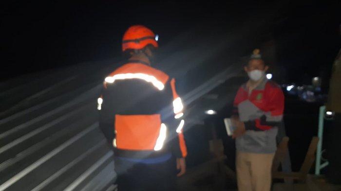 Baru Saja Terjadi, Angin Puting Beliung Porak-porandakan Pabrik di Jubleg Sukabumi