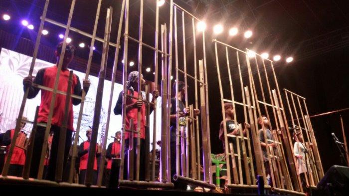 Napak Jagat Pasundan Spesial Bikin Semarak Puncak Milangkala Ke-7 Pangandaran, Ribuan Penonton Hadir
