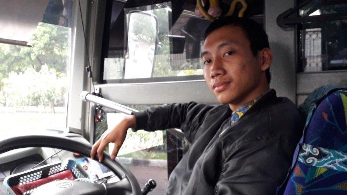 Rajin Naik Bus Damri, Mahasiswa Ini Jadi Ketua Pecinta Bus Damri dan Jajal Bisnis Pariwisata