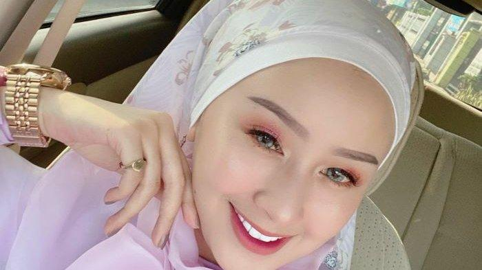 Bobotoh Cantik Anak Mantan Pemain Persib Ini Soroti Permainan Maung Bandung yang Kurang Memuaskan