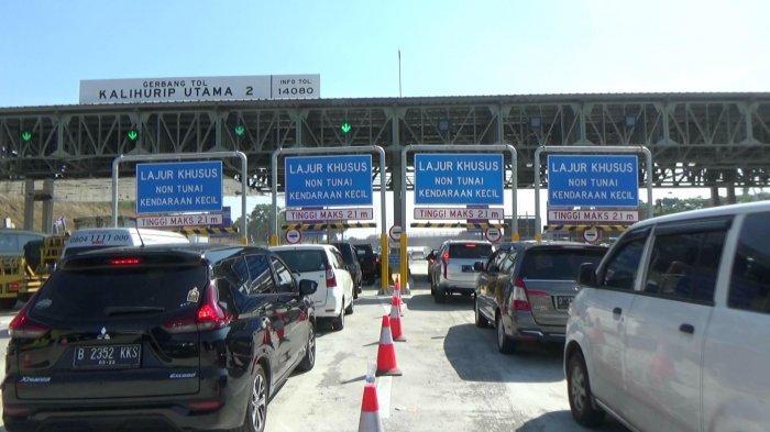 Masuk Zona Kuning, Karawang Berlakukan PSBB, 2.099 Kendaraan Diminta Memutar Balik