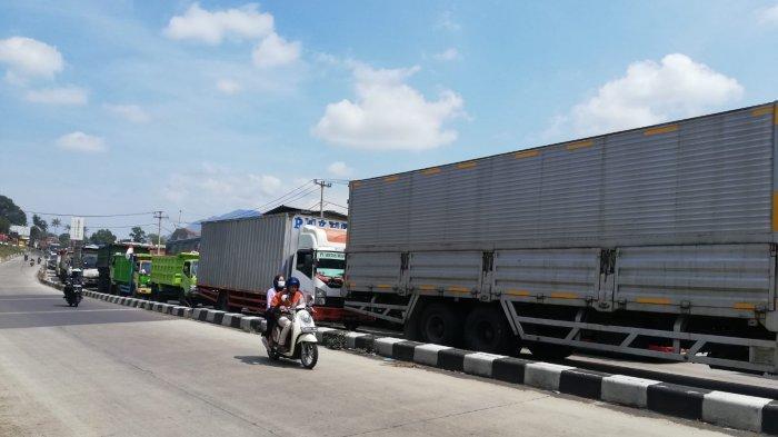 Perbaikan Jalan, Arus Lalu Lintas di Jalur Bandung-Sumedang Macet Parah, Ini Titik Macetnya