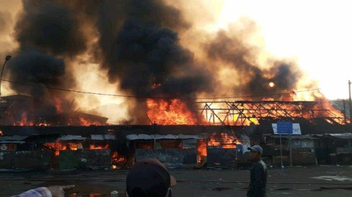Pasar Ciawi Terbakar Hebat, Hitungan Sementara Kerugian Lebih dari Rp 3 miliar