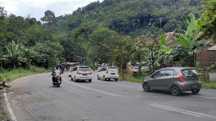 Volume Kendaraan di Kawasan Cileunyi Meningkat Hingga 40 Persen